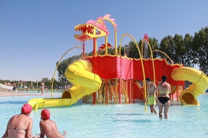 Unas piscinas que baten todos los r cords leonsur digital - Piscinas prefabricadas en valencia ...